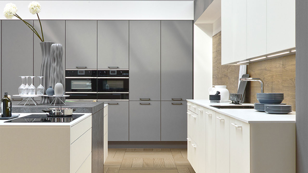 Flush kitchen appliances Dorset
